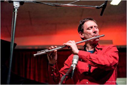Frank Gratkowski 11.4.2017  Duo Nabatov – Gratkowski + special guest: Dominik Mahnig: Simon Nabatov - piano ; Frank Gratkowski - sax ; Dominik Mahnig - drums © Peter Tümmers