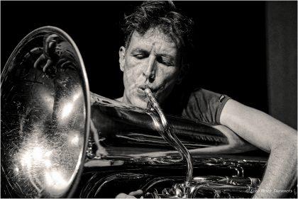 Ludwig Hübsch 01.09.2015 SOUNDTRIP NRW - look inside: TRIP #25 Paul Lovens - drums, Carl Ludwig Hübsch - tuba, Matthias Schubert - ts., Philip Zoubek - piano © Peter Tümmers
