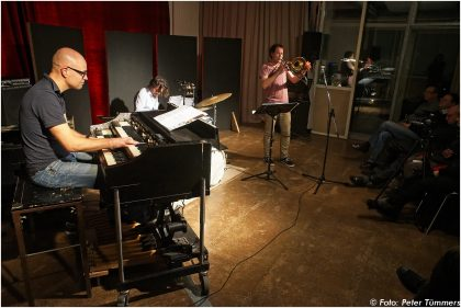 "14.02.2014 Nils Wogram Nostalgia Trio – ""Sneak Preview"" Nils Wogram – trombone, Arno Krijger – hammond organ, Dejan Terzic – drums © Peter Tümmers"