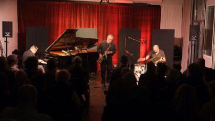 05.12.2016 Alexander von Schlippenbach Trio Alex von Schlippenbach - piano ; Evan Parker - sax ; Paul Lytton - drums