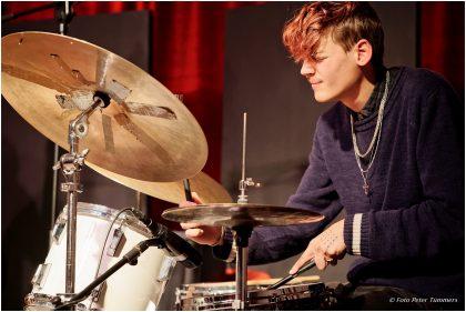 Bachelorkonzert Felix Hauptmann -  Mittwoch 19. Oktober 2016 ; Leif Berger - Drums © Peter Tümmers