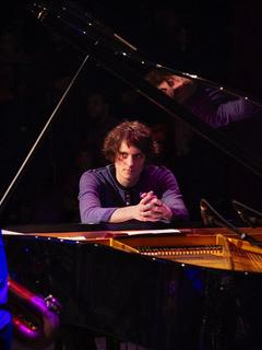 Lucas Leidinger Piano livestream LOFT Köln Cologne