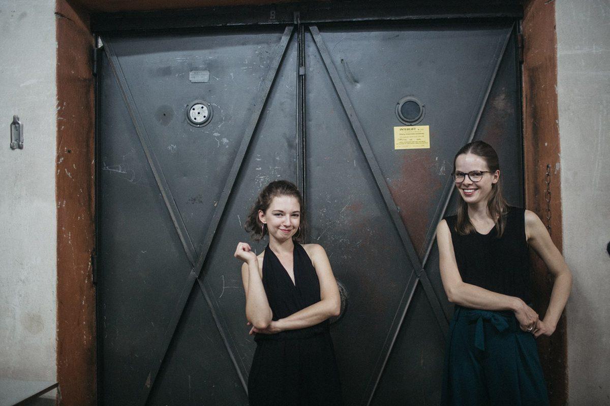 Marlies Debacker, Martyna Zakrzewska, Werke für zwei Klaviere, Corné Roos